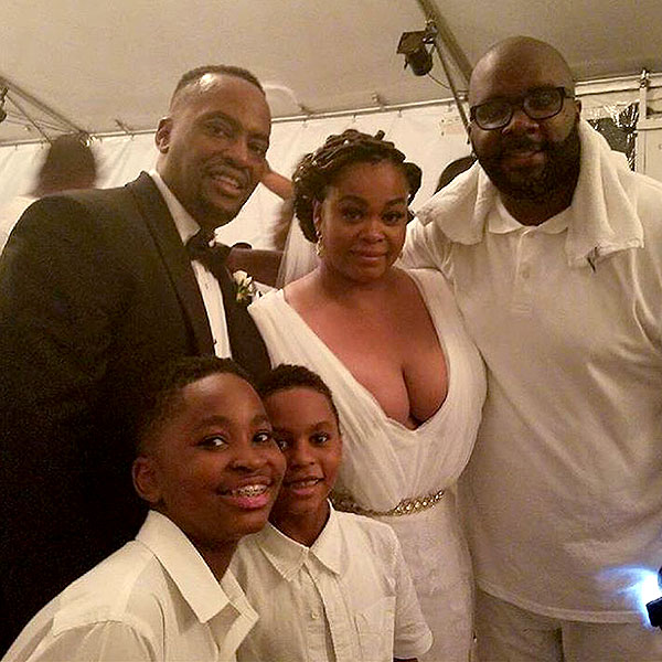 https://www.instagram.com/p/BHG1ZlZD19F/ Screengrab of DJ Mars 404's Instagram of Jill Scott's Wedding 6/26/16 Source: DJMar404/Instagram